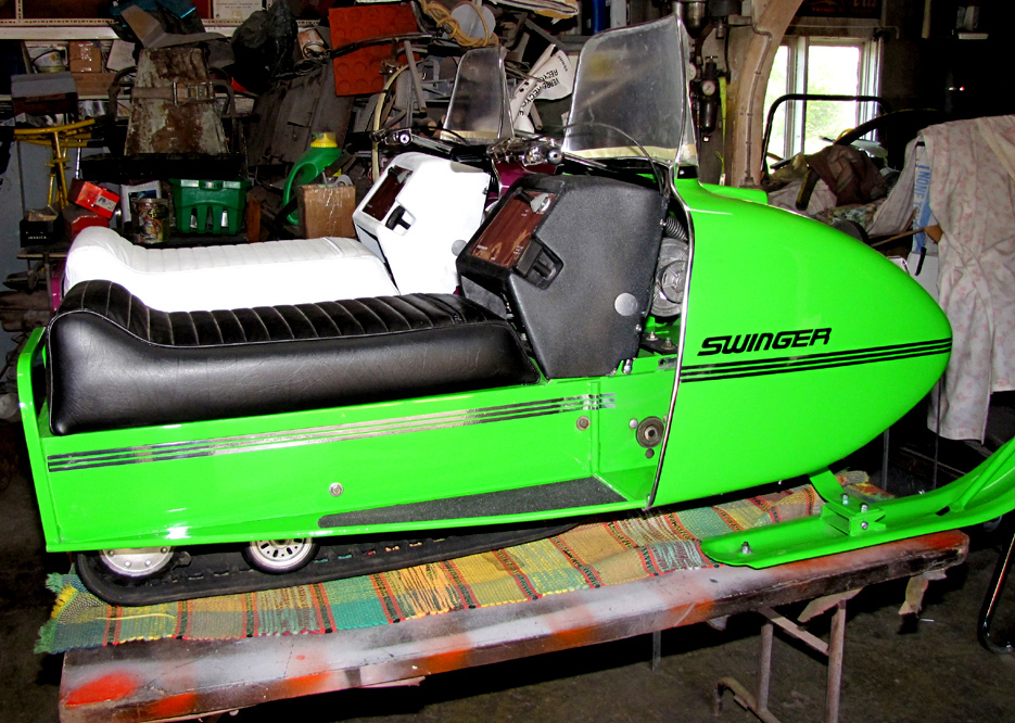 Swinger sled